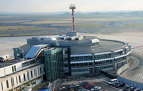 Министр транспорта Бельгии подала прошение об отставке