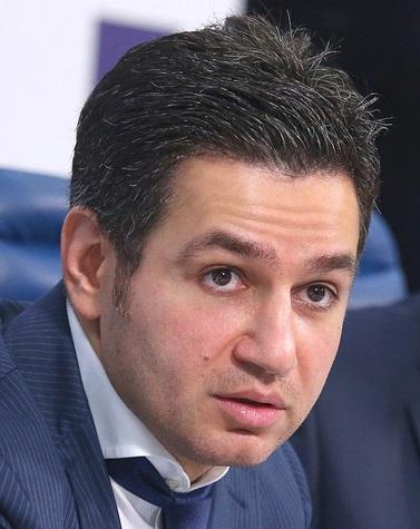 Гамид Булатов: в московском метро появятся терминалы для вызова такси