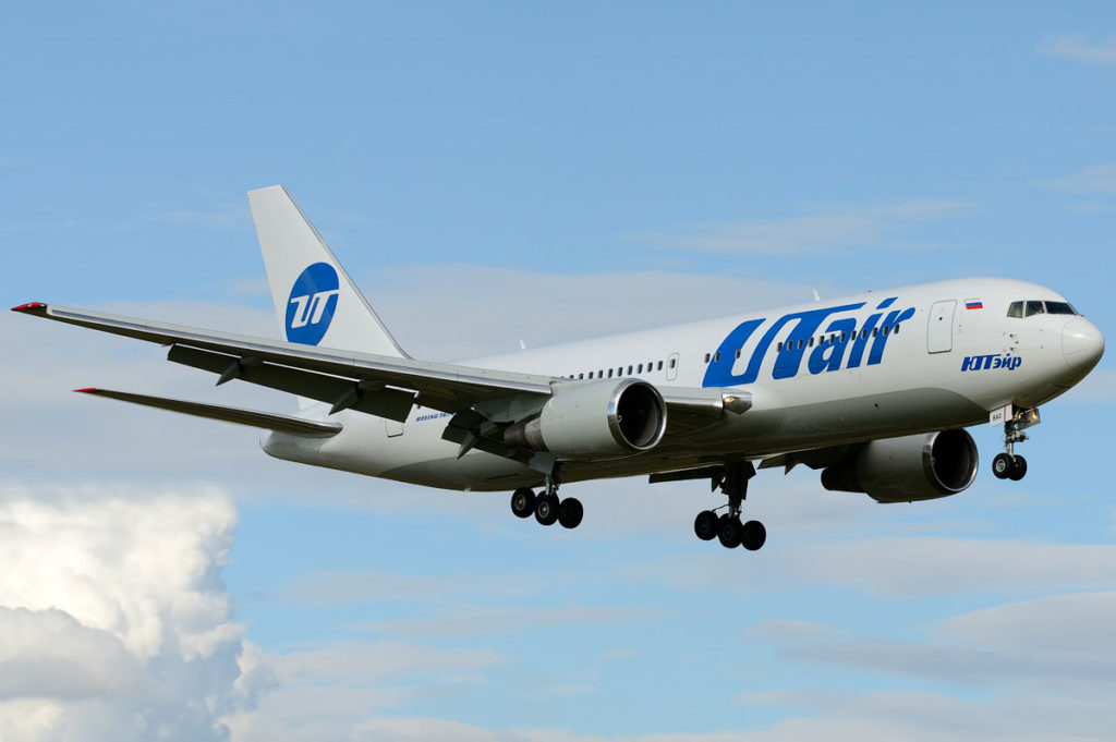 vp-bag-utair-aviation-boeing-767-200_5