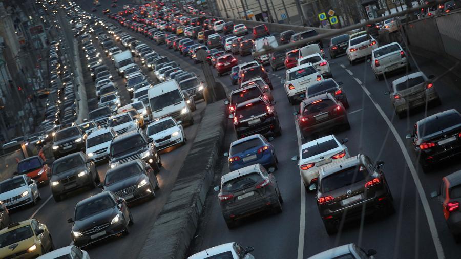 Названы города Российской Федерации, где насчитывается наибольшее количество авто